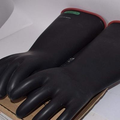 Găng tay cách điện trung thế E318RB của Salisbury